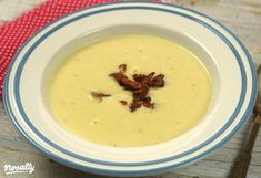 Burgonyakrémleves baconchipsszel   Nosalty Cheeseburger Chowder, Bacon, Curry, Food And Drink, Cooking, Recipes, Soups, Kitchen, Curries