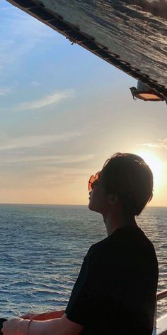 Holiday at sea (not mine)