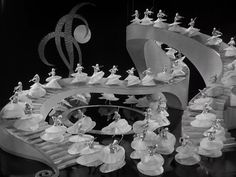 still from Gold Diggers of 1933, Dir. Mervyn LeRoy/Busby Berkeley, 1933.