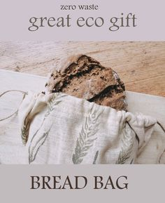 Best sustainable gift is for sure ! Great for shopping - for bread but also for fruits, veggies, nuts, herbs, etc. Bread Storage, Eco Friendly Cleaning Products, Bread Bags, Natural Lifestyle, Green Gifts, No Plastic, Zero Waste, Veggies, Herbs