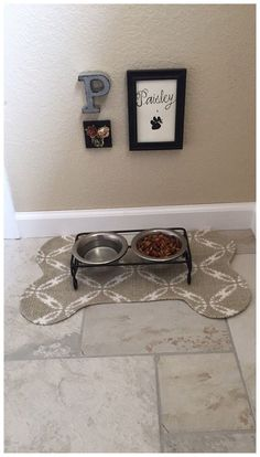 Puppy Room, Dog Corner, Dog Area, Dog Rooms, Animal Decor, Dog Houses, Cat Food, Dog Life, Cats And Kittens