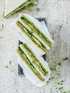 Lachs Sandwich mit Matcha Butter Paleo Vegan, Matcha, Japanese Sandwich, Food Porn, Avocado Toast, Sandwiches, Good Food, Butter, Vegetables