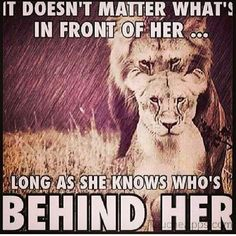 It doesn't matter what's in front of her.. Long as she knows who's behind her ♥ King & his Queen