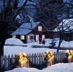 I want to live in a place that looks like this every winter!