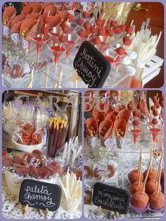 Mesas de dulces que debes tener en tu fiesta de XV años ⋮ Es la moda