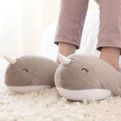 Buy the Narwhal USB Heated Slippers and keep your tootsies warm all winter. Find cute slippers at Apollo Box! Winter Slippers, Cute Slippers, Summer Slippers, Wish List For Teens, Heated Slippers, Cute Narwhal, Apollo Box, Usb, Beach Flip Flops