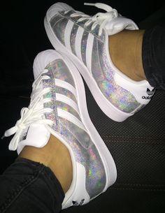 Ausbilder, Adidas Turnschuhe, Asos, Extravagante Schuhe, Fußbekleidung,  Instagram Beiträge, Outfits 76746c423511