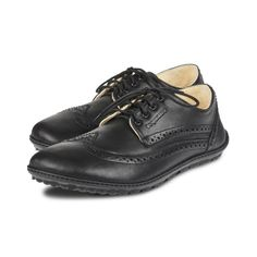 marilyn schwarz Minimalist Shoes, Sperrys, Boat Shoes, Oxford Shoes, Elegant, Women, Fashion, Oxford Shoe, Loafers