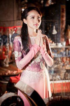 29 Vietnamese Clothing, Vietnamese Dress, Vietnamese Traditional Dress, Traditional Dresses, Asian Woman, Asian Girl, Asian Ladies, Thai Fashion, Vietnam Girl