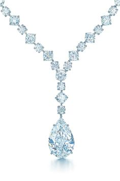 79b266a1d101 Glamour arrives with the sudden and breathtaking appearance of Tiffany  diamonds. Necklace with a pear