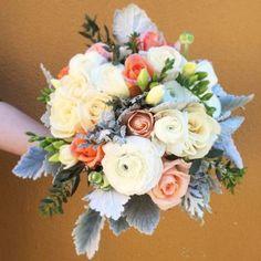 50 ramos de noiva 2017 nos quais se deve inspirar para o seu casamento. Dê cor ao seu look com as melhores flores! Image: 19