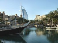 The number of foreign investors coming to the UAE and especially to Dubai is rising year after year because of the numerous advantages the Emirate offers.