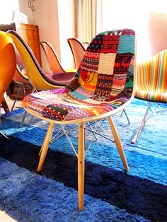 Case Study Knit Upholstered Eames Side Chair