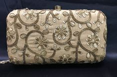A good variety of command, time luggage& artist control. Bridal Clutch, Gold Clutch, Saree With Belt, Crochet Clutch Bags, Pakistani Jewelry, Hand Bracelet, Wedding Purse, Beaded Bags