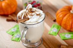 Skinny and delicious Pumpkin Spice Latte that tastes even better than Starbucks! Make it at home for a fraction of the calories! Skinny Pumpkin Spice Latte, Homemade Pumpkin Spice Latte, Pumpkin Spiced Latte Recipe, Diabetic Recipes, My Recipes, Magic Recipe, Sugar Free, Good Food, Brunch