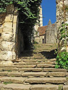 Auvers-sur-Oise by Yann Le Biannic, via Flickr
