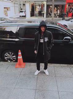 we are bulletproof! Bts Jin, Bts Taehyung, Bts Jungkook, Seokjin, K Pop, Bts Funny Videos, Bts Video, Tumblr, Worldwide Handsome