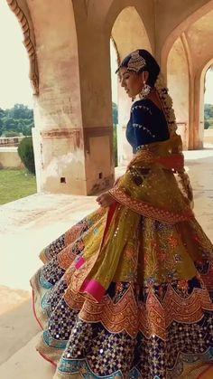 Choli Designs, Lehenga Designs, Rajputi Dress, Bridal Lehenga Choli, Girls Dream, Bollywood, Dream Wedding, Elegant, Chic
