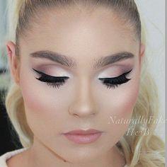 Beauty // Make Up Blog Xo Make Up, Fashion, Beauty, Make Up Tips, Glamourous, Rosy, Fashion Blogs Tumblr, Make Up Blog Tumblr, Cosmetics, Beauty Products, Make Up Artist