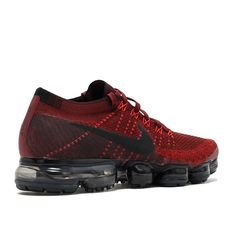 With a flexible Flyknit upper placed directly atop a radically reinvented Aircushioning system Air VaporMax not only defies convention,it delivers a sensation underfoot that seems to defy gravity. Nike Air Max Running, Nike Air Vapormax, Running Shoes, Latest Sneakers, Sneakers Fashion, Nike Clothes Mens, Nike Shoes, Sneakers Nike, Comfy Shoes