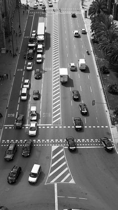 Barcelona traffic Apple iPhone 5s hd wallpapers available for free download.