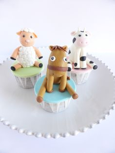 Cupcakes para aniversário com tema Animais da Quinta (organizado pela Lima Limão)