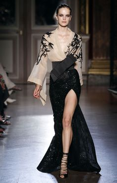 Zuhair Murad F2011-12 HC. Amazing Kimono inspired nude & black dress!