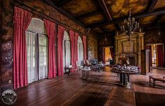 Howey Mansion - Photo by Bullet. This place is awesome and looks to be near WinterHaven