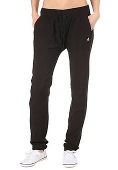 I want these for sleep wear or workout wear :) Lazy Day Outfits, Casual Outfits, Cute Outfits, Fashion Outfits, Harlem Pants, Streetwear, Yoga Pants Outfit, Sewing Clothes, Clothing Patterns