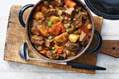 The Ultimate Beef Stew Slow Cooker Recipes, Soup Recipes, Dinner Recipes, Cooking Recipes, Healthy Recipes, Healthy Soup, Game Recipes, Comida Latina, Gastronomia