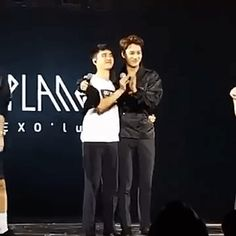 EXO'luXion 160109 : D.O. and Kai as fans wished them a happy birthday (5/6)