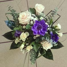 * anemone * blue flowers * roses * blue wedding