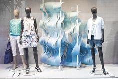 Оформление витрины бутика Esprit от Deck5