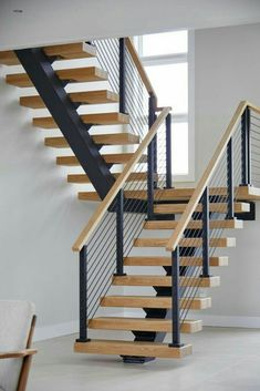 Floating Switchback Stairs for a Westhampton Home – Viewrail – Decorating Foyer Stair Railing Design, Home Stairs Design, Interior Stairs, Modern House Design, Stommel Haus, Floating Stairs, Floating Shelves, Modern Stairs, House Stairs