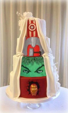 25 Incredibly Beautiful Wedding Cakes That Won This sneaky, two-faced superhero cake. Superhero Wedding Cake, Avengers Wedding, Marvel Wedding, Superhero Cake, Creative Wedding Cakes, Beautiful Wedding Cakes, Beautiful Cakes, Dream Wedding, Cake Wedding