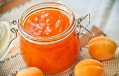 Apricot jam with ginger Cooking Jam, Delicious Desserts, Dessert Recipes, Russian Recipes, Prunus, Main Meals, Food And Drink, Favorite Recipes, Fruit