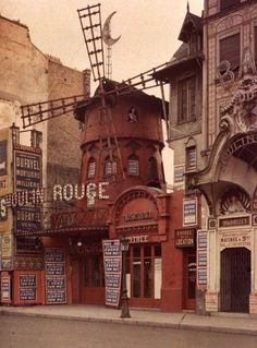 Because we Cancan! Moulin Rouge,