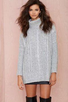 Big Deal Turtleneck Sweater | Shop The Temp Drop Shop at Nasty Gal