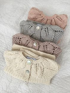 Browse unique items from CasitadeLana on Etsy, a global marketplace of handmade, vintage and creative goods. Baby Knitting Patterns, Hand Knitting, Toddler Cardigan, Girls Knitted Dress, Rustic Flower Girls, Baby Girl Sweaters, Baby Pullover, Burlap Lace, Crochet Baby Clothes