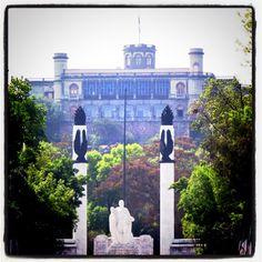 Monumento Ninos Heroes - Castillo de Chapultepec, México D.F.  *Someday I will take the kiddos here*