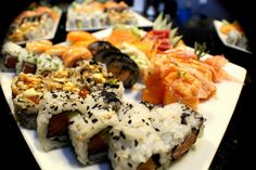 O melhor da rua Pulido Valente?! O SushiNow - Colinas do Cruzeiro !!! Para reservas contacte 21 933 7401 (Colinas do Cruzeiro)                                       #food  #instafood #japanesefood #foodie #sashimi #japanese #love #yummy #dinner #delicious #sushi #japan #instagood #salmon  #sushilovers #lunch #fish #yum #healthy #foodstagram #restaurant #tuna #friends #foodpics #photooftheday #eat #instadaily #happy #sushinow