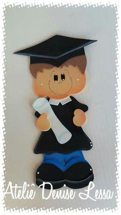Garden Kids, Sketch, Clock, Homemade Art, Graduation Ideas, Notebooks, Diy Home, Craft Ideas, School Children