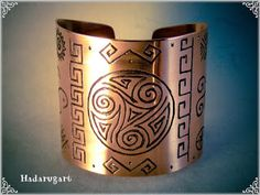 Artizan in cupru Copper Bracelet, Copper Earrings, Copper Jewelry, Cuff Bracelets, Jewelry Crafts, Jewelry Art, Copper Artwork, Copper Gifts, Artisan