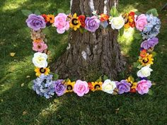 Flower frame for Hippie party! This is going down this summer! Hippie Party, Fairy Birthday Party, 3rd Birthday Parties, Hippie Birthday Party, Garden Birthday, Spring Birthday Party Ideas, Rapunzel Birthday Party, Butterfly Birthday Party, Flower Birthday