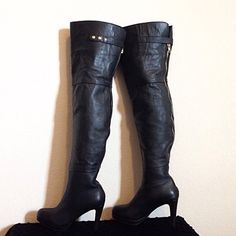 """Kelsi Dagger Briallen Leather Over The Knee Boot Mint Condition SOLD OUT  Kelsi Dagger, """"Briallen"""" Over the knee Leather Black Boots size 6, shaft 20 inches, heel 3 inches, top of shaft (measured across)  9 inches, and Mid shaft 7 inches.  They come in original box and were only worn once out of the house.  Price Firmgot q's I'm here Kelsi Dagger Shoes Over the Knee Boots"""