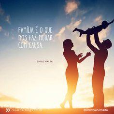 O ser humano mais sábio do mundo é o que sabe que sua linhagem é consequência e causa em sua própria vida.<br />O homem feliz é o que honra os antepassados e vive intensamente com os filhos e netos.<br />Quer saber de onde vem, olhe para sua família. Quer saber para onde vai, cuide da sua família.<br /><br /><br />#ousemudarse #casacoaching #coaching #mindfulness #presencaconsciente #life #lifestyle #yoga #curso #vida #familia #livro #family #florida #orlando #stress #medo #perdão #gratidão…