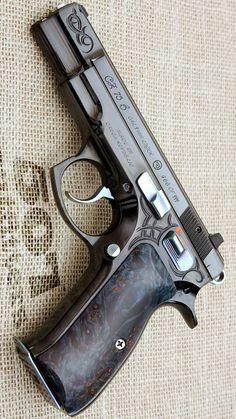 CZ USA - CZ 75B 40TH ANNIVERSARY 4.7IN 9MM HANDGUN PISTOL FIREARM GUN BLACK POLYCOAT 16+1RD
