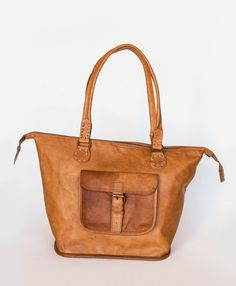 Meet your new favorite bag, the Rustic Leather Tote! The new must-have, everyday accessory for fall. #leather #tote
