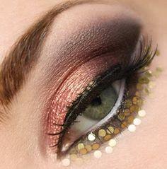 Gold Coins eye makeup