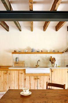 Rustic minialism Interior Design Studio, Interior Design Kitchen, Interior Design Inspiration, Kitchen Decor, Design Ideas, Modern Scandinavian Interior, Scandinavian Living, Sofas Vintage, Kitchen Upgrades